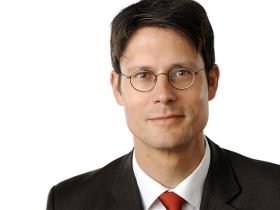 Dr Julian Richter Porträt